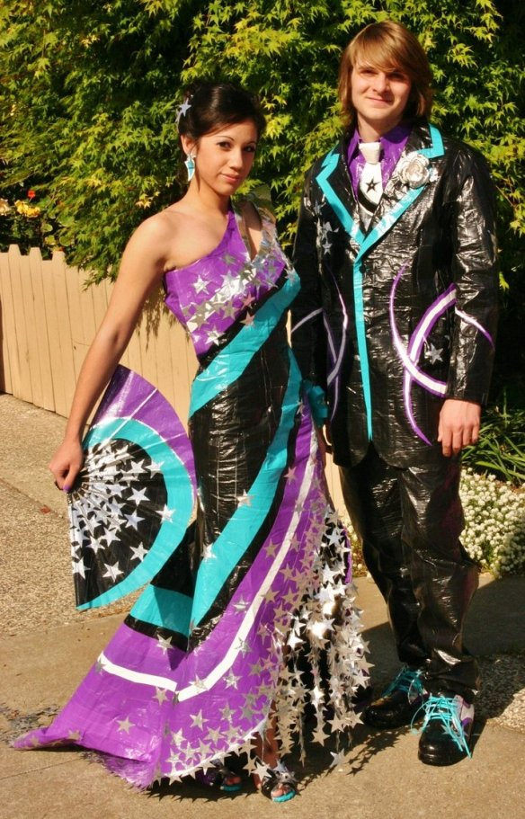 duct_tape_prom_attire_by_chelsey992-d3gx3ec