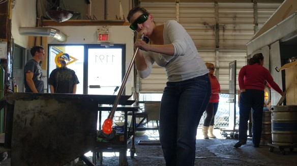 Glass blowing beginners classes at Terminal City Coop in Vancouver BC.